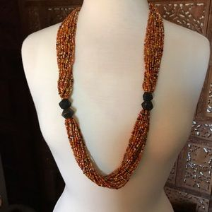 Jewelry - Stunning vintage beaded African necklace